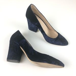 Nine West crush velvet block heel point toe 6 Blue